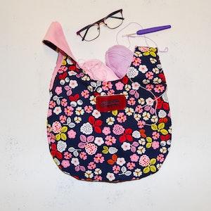 Projektväska Knot bag Liten blommig
