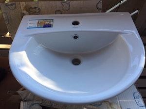 Rea. Cersanit Tvättställ Porslin, vägghängd. Ord.pris 595kr, Begränsat antal