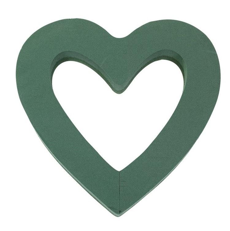 Stort öppet hjärta av stickmassa