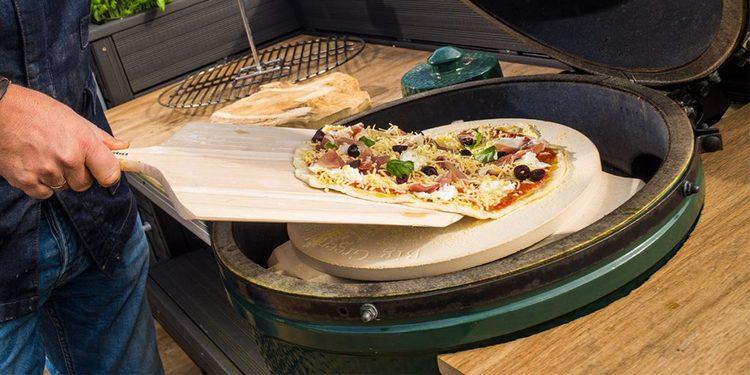 Pizza och baksten till Big Green Egg L