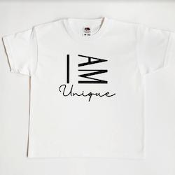 I AM Unique (vuxen)