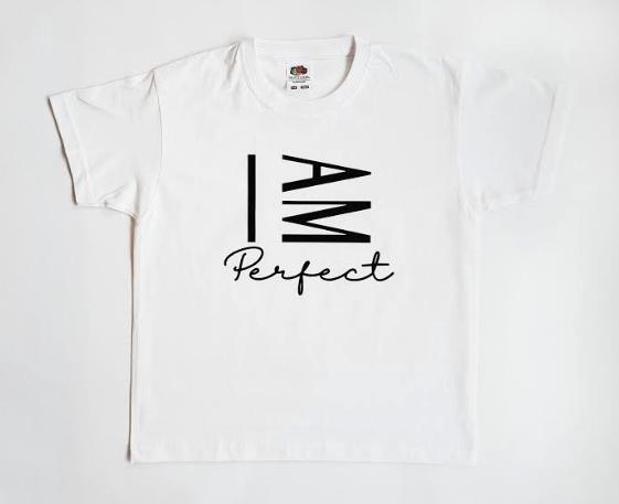 I AM Perfect (barn)