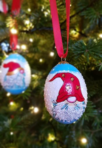 Handmålad julgranskula, riktigt ägg