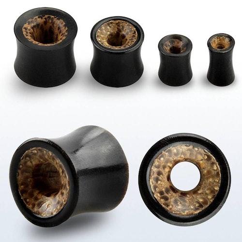 Trätunnel med black horn och coconut