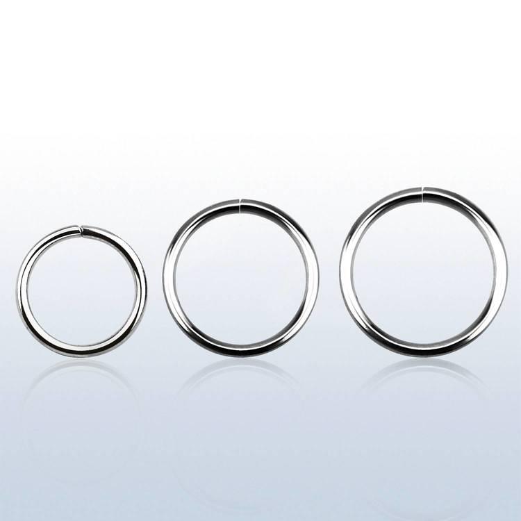 Sömlös ring i stål 0.8mm