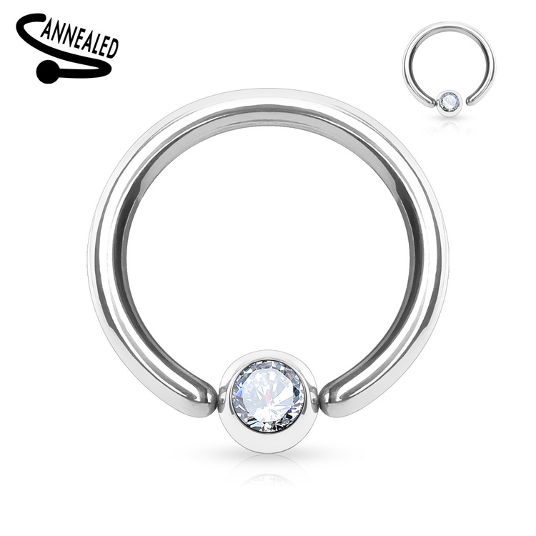 Hoop / Ring med fixerad crystal kula
