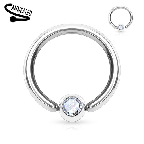 Hoop / Ring med fixerad crystal kula
