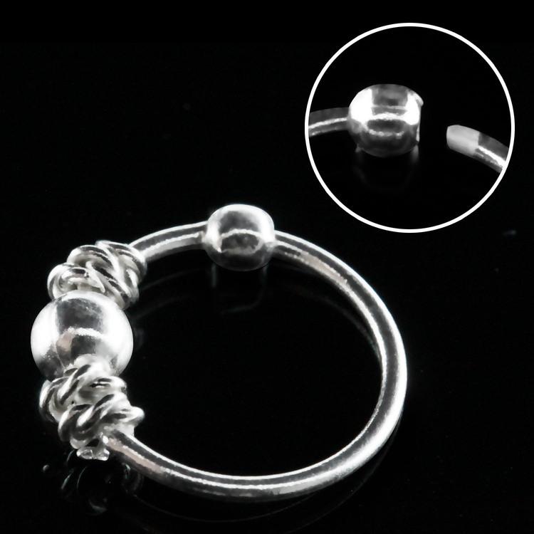 """Näsring """"Nose hoop"""" i 925 silver balinese och kula -design"""