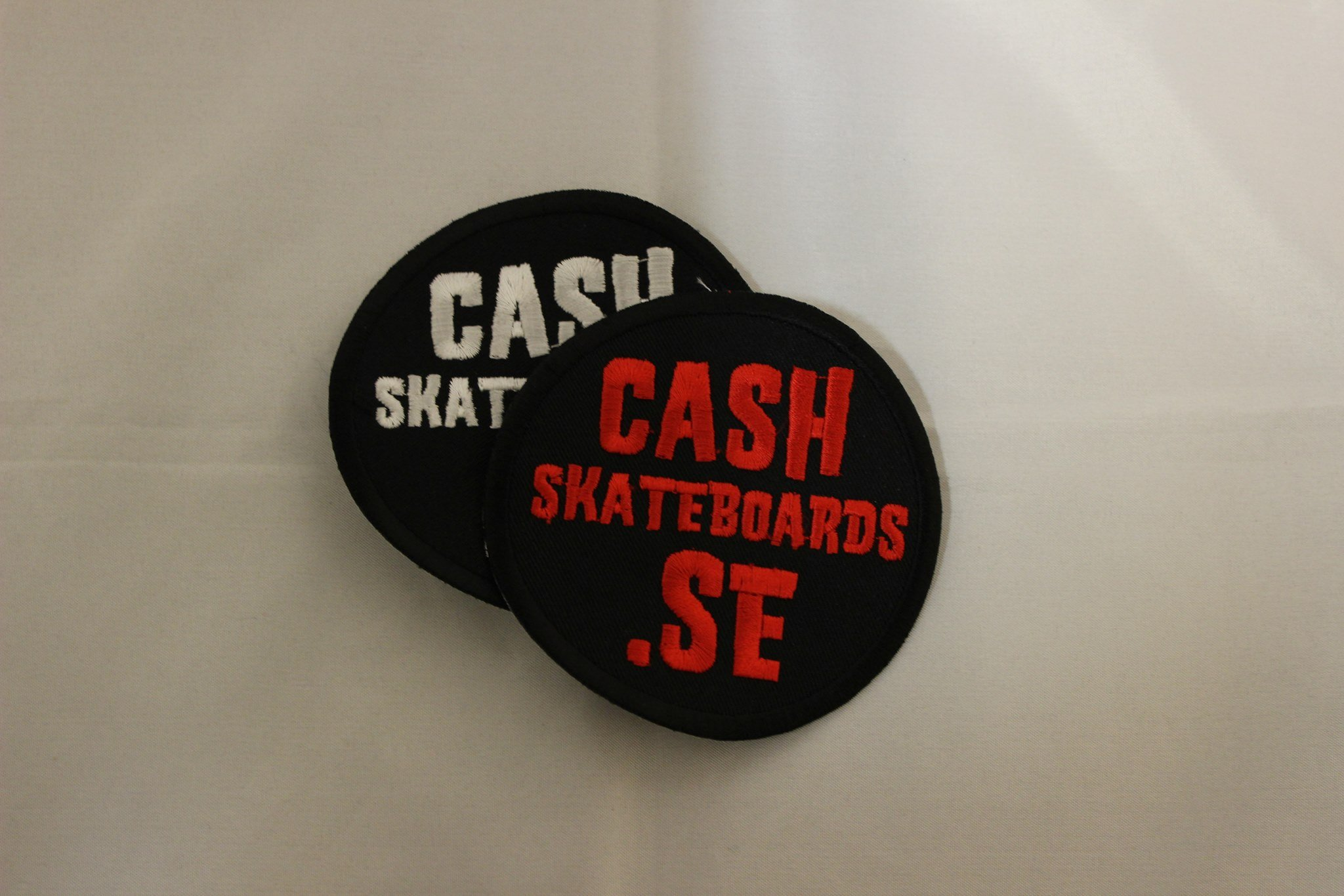 "Cash Skateboards tygmärke-""Cash.se"""