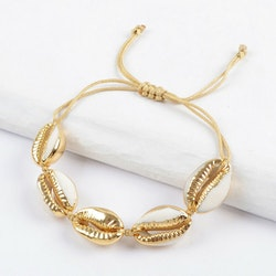 The perfect seashell bracelet