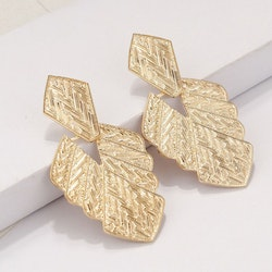 Silvia leaf earrings gold