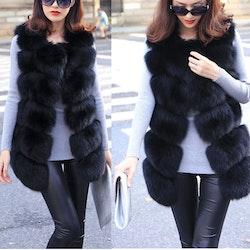 Kylie Faux fur vest black