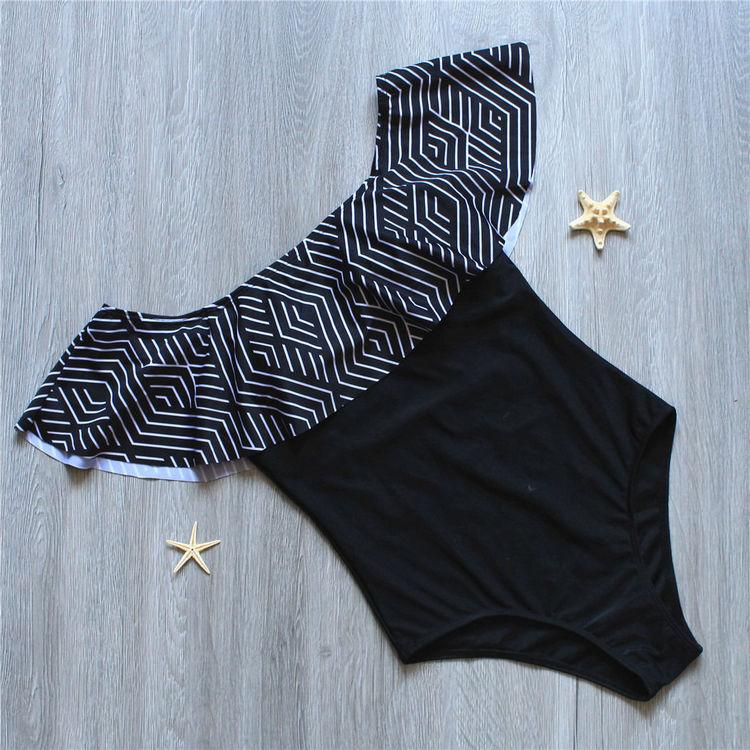 Tyra swimsuit