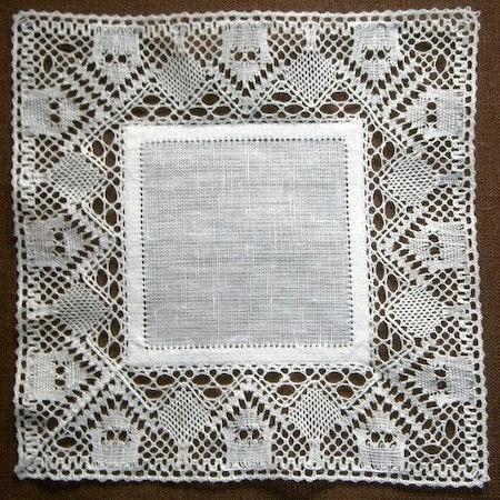 Radhus 15,5x15,5 cm