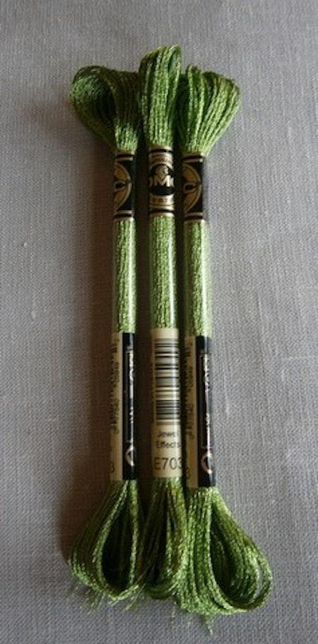 E 703 Jewel Effects Ljusgrön/Lime