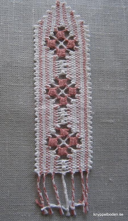 Mandelros     3,5x11 cm   (+fläta eller frans)