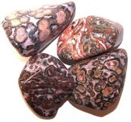Leopard Jaspis, Trumlade stenar