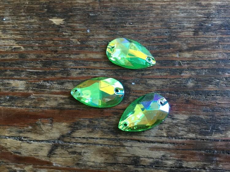 Droppe i Akryl 18x10 mm, 3-pack, flera färger