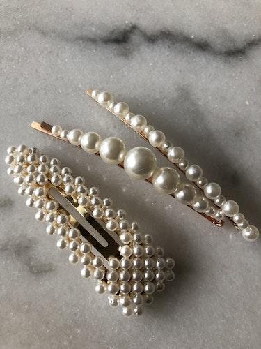 Hårspännen med pärlor  Välj mellan  olika sorter