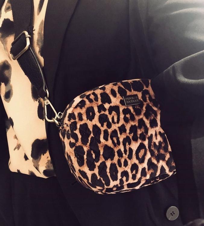 Solar Mini Cross Bag Velvet Leo Pink