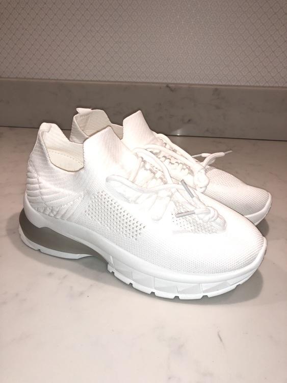 Elma Sneakers Vit Brudblomman