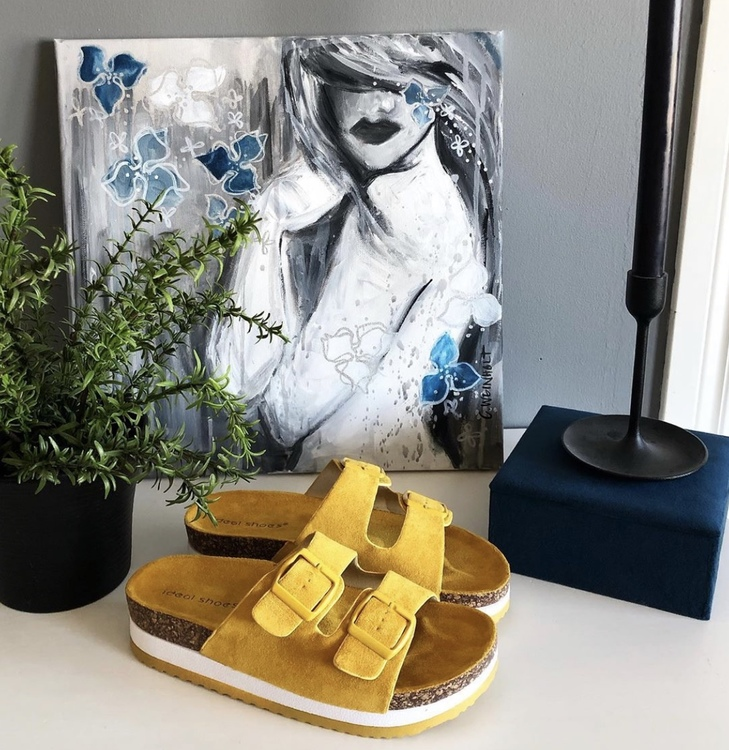 Julia Sandal Yellow