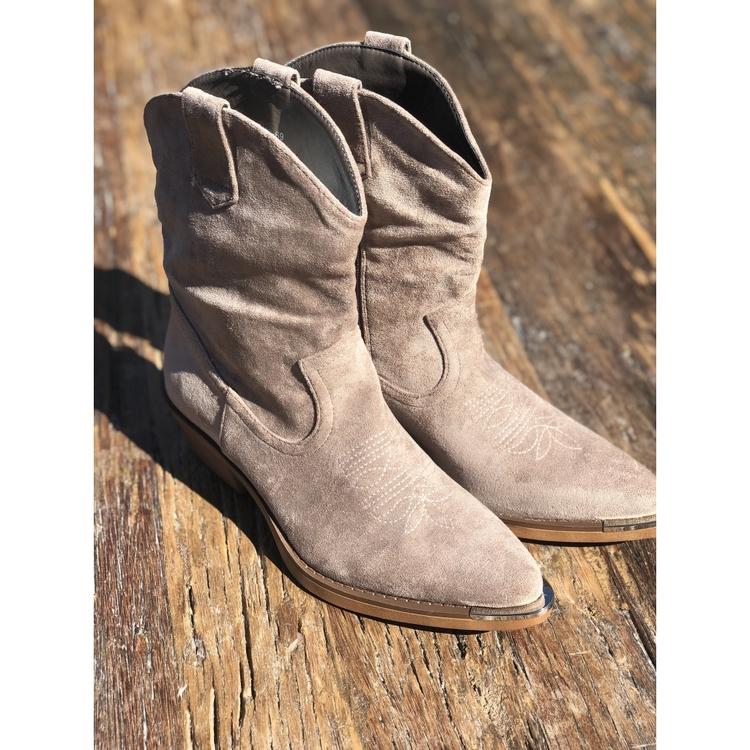 Elisa Boots Beige