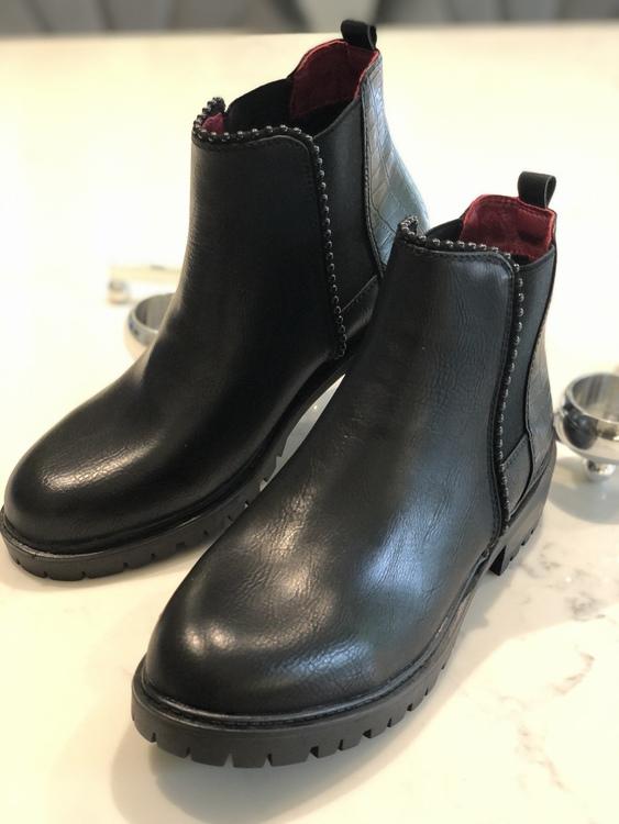 Boots Fabia Svart
