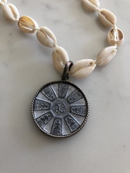 ICON Buddha Shell Halsband
