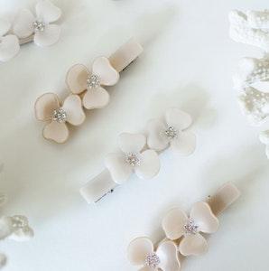 Hair clip Flower Champagne eller Tan