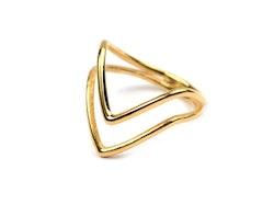Tiny  Ring  Arrow  Guld