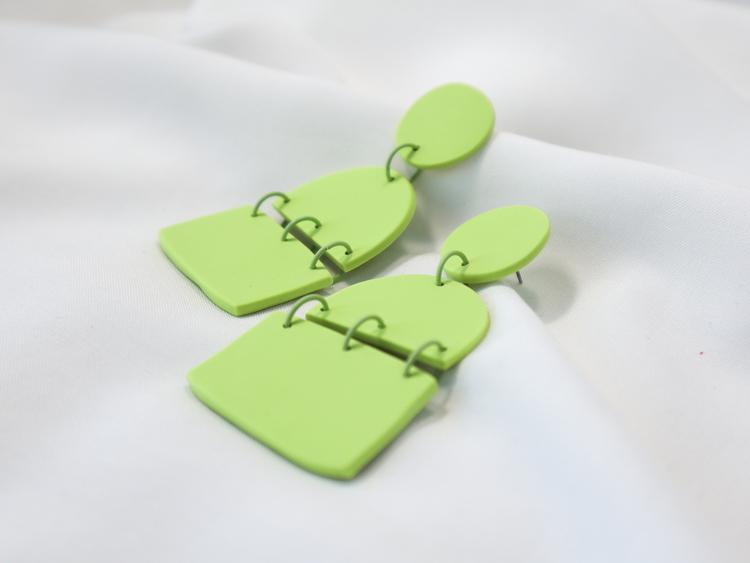 TRIPPEL (ärtgrön)