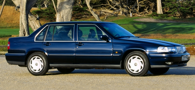 Solfilm til Volvo 960. Færdigskåret solfilm til alle Volvo biler.