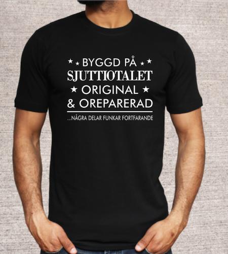BYGGD PÅ -ÅRTAL- (eget val)