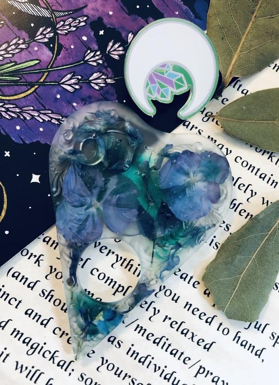 Ouija planchette - Blue calm