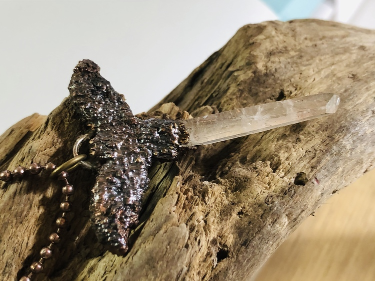 Dark  vespertilio