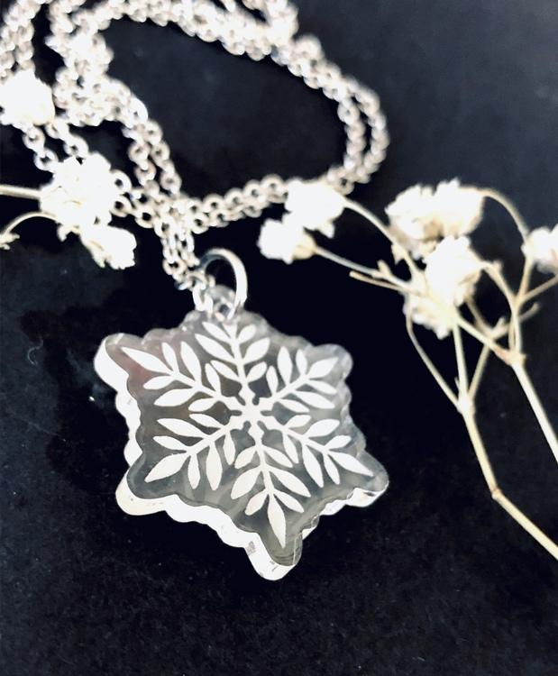 Snöflinga - halsband