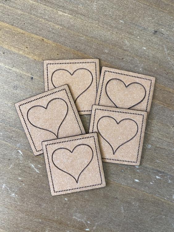 Hjärta - Etikett i veganskt läder