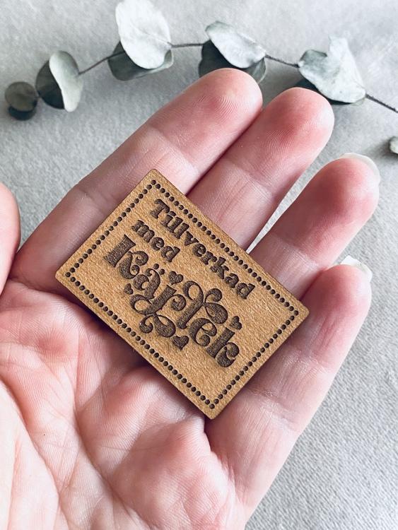 Tillverkad med kärlek - Etikett i veganskt läder
