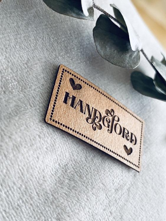 Handgjord - Etikett i veganskt läder