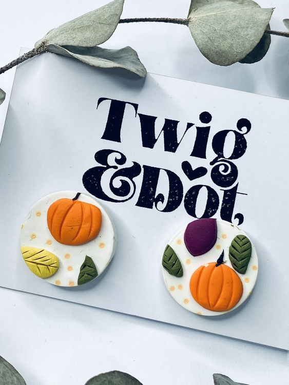 Pumpkin Patch - small studs