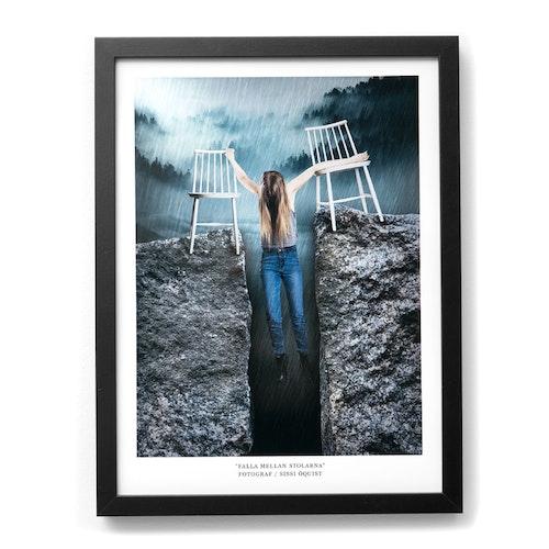 "Fotografi ""FALLA MELLAN STOLARNA"" (poster/print 30x40 cm)"