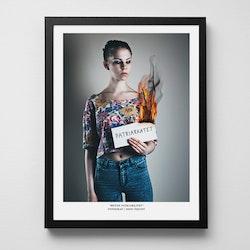 """SISTA EXEMPLARET! Konstfoto """"Bränn patriarkatet"""""""