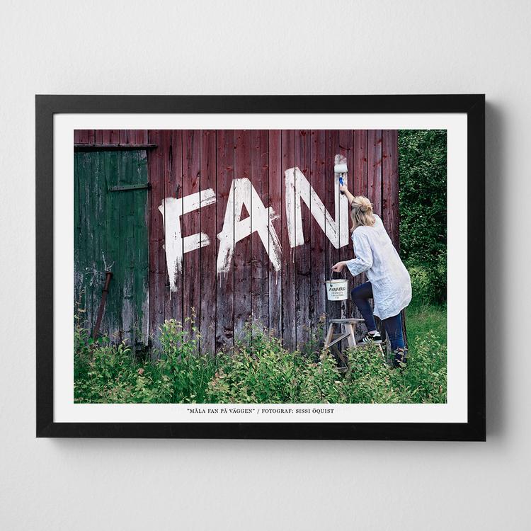 """Konstfoto """"Måla fan på väggen"""""""