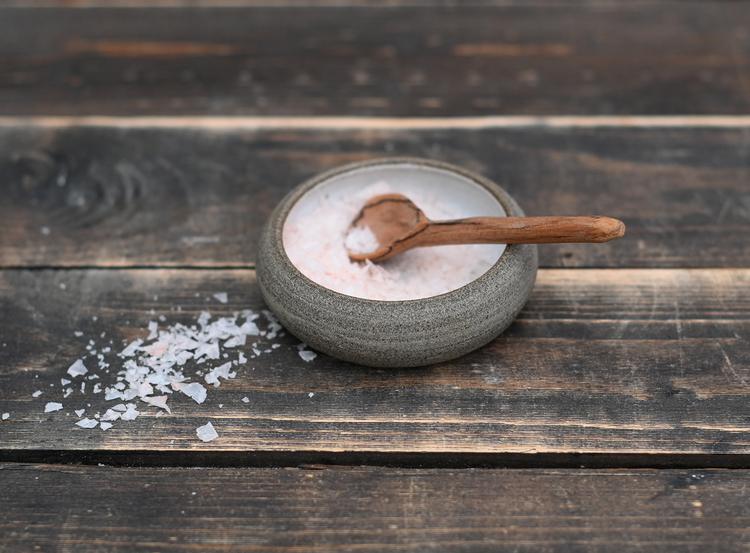 Saltskål med sked