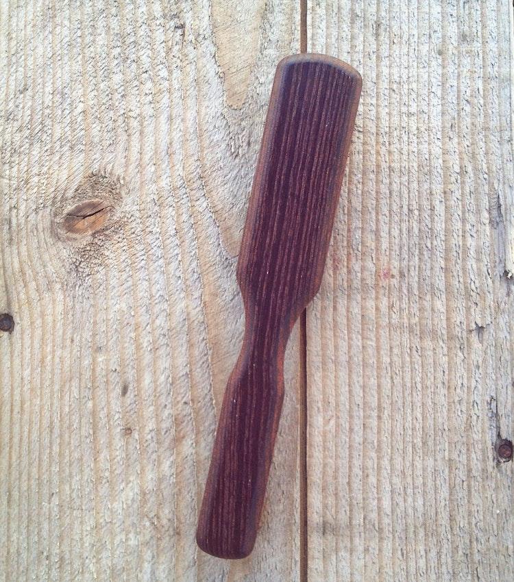 Svinhårsborste värmebehandlat trä