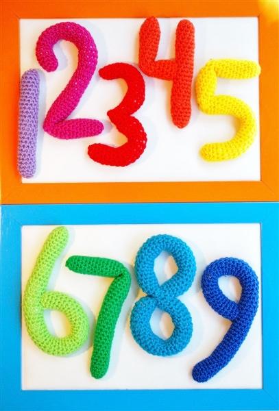Virkade bokstäver och siffror virkmönster