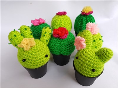 Virkmönster på kaktusar (amigurumi)