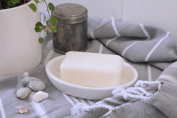 Tvålfat vit - Terra midi/Gerbera