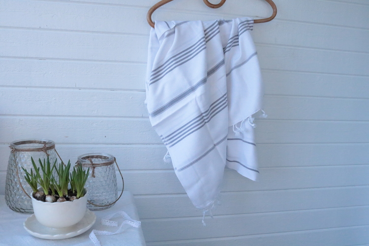 Hamamhandduk White with Dusty Fog - Tickning stripes